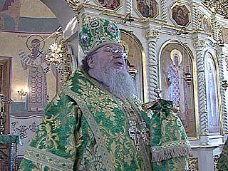 Митрополит Сергий ежедневно проводит богослужения
