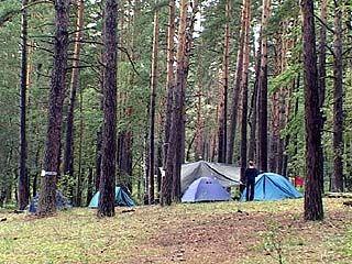 Молния ударила в палаточный лагерь