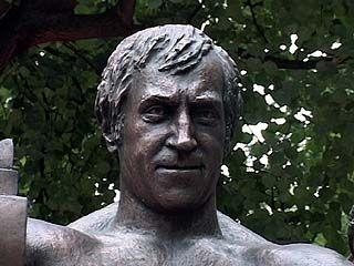 Монумент  Владимиру Высоцкому установили в Воронеже