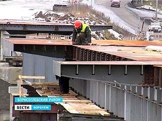 Мост через реку Ворона в Борисоглебске откроют в июле наступившего года