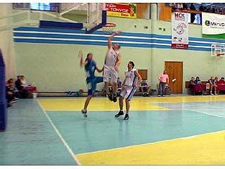 Мужская и женская баскетбольные команды Воронежа провели домашние туры