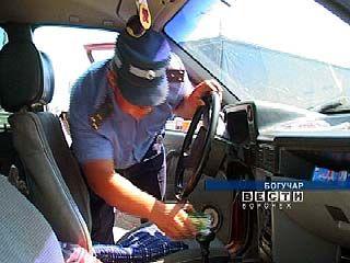 На Богучарском КПМ задержан автомобиль с наркотиками