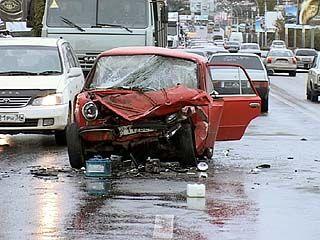 На Чернавском мосту произошло ДТП с участием трех автомобилей