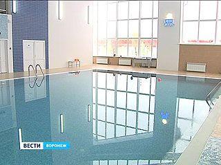 На комбинате строительных материалов открыли собственный бассейн