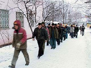 На одной из воронежских строек сотрудники ФМС задержали 50 нелегалов