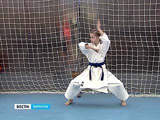 На первенство ЦФО в Воронеж съехались почти 200 спортсменов из 10 регионов