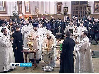 На праздник крещения многолюдно было во всех храмах области