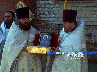 На праздник Вознесение Господне в Пески приехал митрополит Сергий
