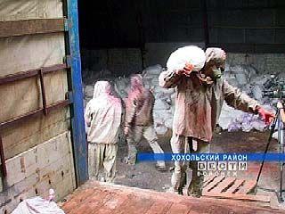 На складе в Хохольском районе хранилось 300 тонн пестицидов