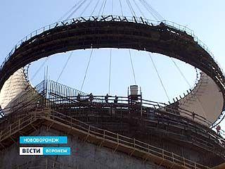 На стройплощадке НВАЭС-2 завершается возведение реакторного здания энергоблока ╧1