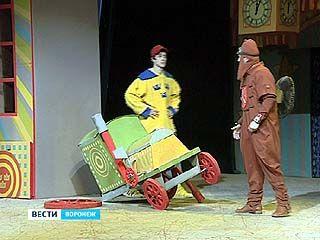 На сцене Воронежского ТЮЗа прошёл спектакль в поддержку тяжело больных детей