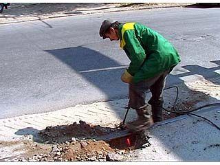На улице Кольцовской начали подготовку к демонтажу рельсов