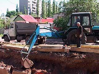 На улице Краснозвездной ведется реконструкция теплотрассы