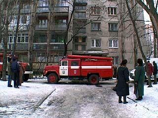 На улице Среднемосковской загорелась жилая многоэтажка