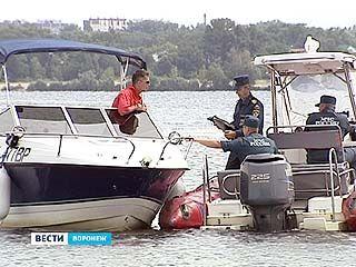 На Воронежском водохранилище прошли учебно-практические испытания