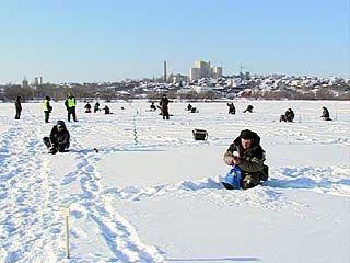 На Воронежском водохранилище состязались рыбаки