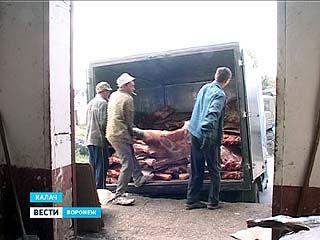 """На выезде из Калача остановили """"Газель"""", груженную мясом"""