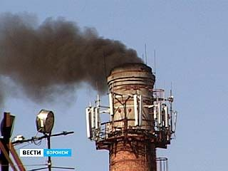 Над Воронежем появилась дымовая завеса
