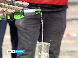 """Наполнить водой стакан ковшом экскаватора могут только самые суровые работники """"Водоканала"""""""