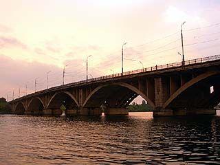 Недалеко от Вогрэсовского моста обнаружено тело грудного ребёнка