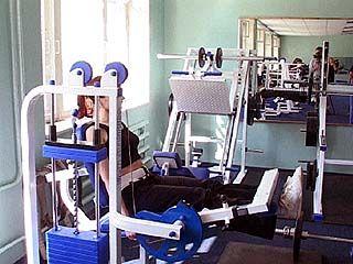 """Новый тренажерный зал открылся в спорткомплексе """"Химик"""""""
