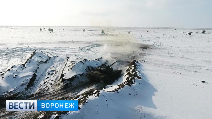 На полигоне Погоново смогли эффектно показать, как танк может стать «невидимым»