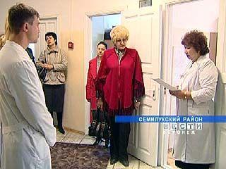 Областные чиновники проверяли поликлиники и больницы области