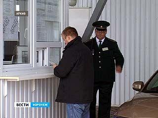 Огромные очереди у таможенного пункта Нехотеевка - его советуют объезжать стороной