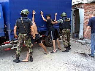 Оперативники пресекли деятельность базы нелегальной алкогольной продукции