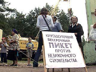 Остановить строительство дома 3-й год подряд пытаются в Воронеже