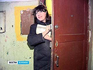 Оставшиеся три семьи погорельцев переезжают на улицу Лебедева