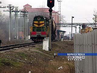 От вибрации железной дороги трескаются здания Борисоглебска
