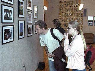 Открылась фотовыставка членов курского фотографического общества