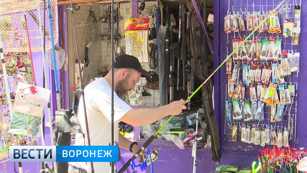 Воронежцы прощаются с «Птичкой». Куда переедут старожилы-торговцы?