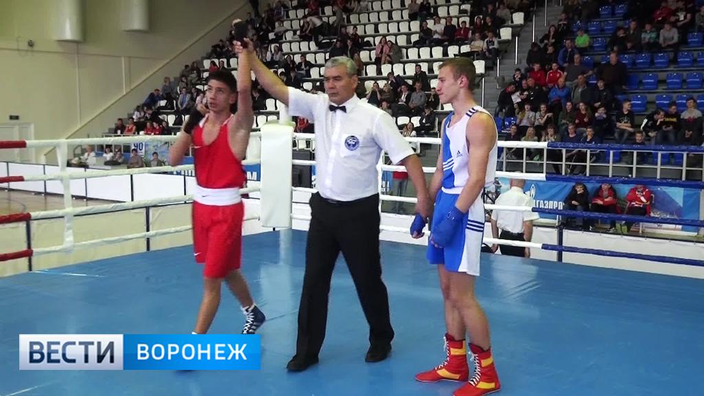 В Бутурлиновке стартовали отборочные соревнования на чемпионат России по боксу