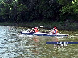 Павловские школьники готовятся к первенству ЦФО по водным видам спорта
