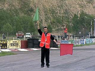 Первый этап Чемпионата России по ралли-кроссу стартовал в Белом колодце