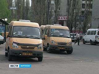 По городу курсируют почти 260 неисправных автобусов