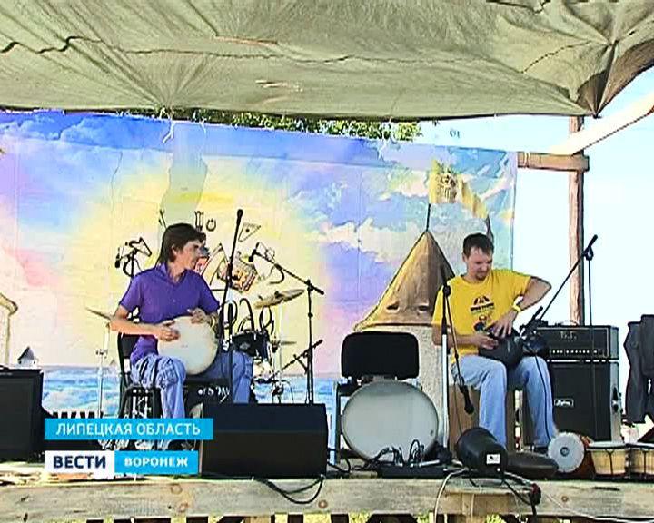 Под Воронежем мастера и музыканты съехались на «Этноград»
