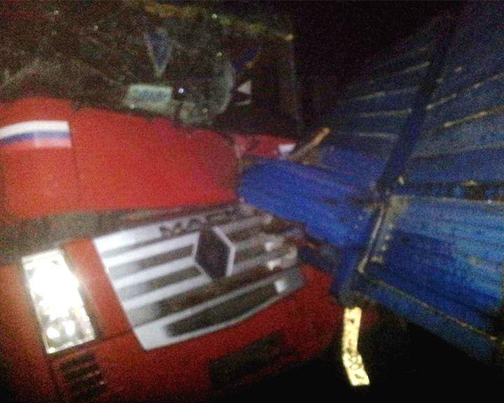 Под Воронежем водитель «КамАЗа» попал в больницу после ДТП с фурой
