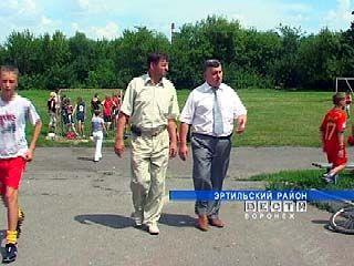 """Подарок от """"Газпрома"""" - спортивная площадка в Эртильском районе"""