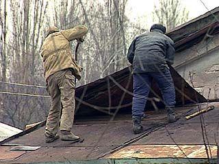 Подрядчик скрывается от жильцов одного из домов Борисоглебска