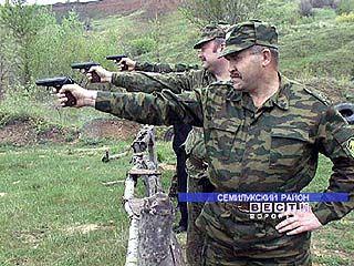 Пограничники ЗРПУ ФСБ России сдавали зачет по огневой подготовке