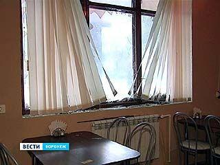 Погром в кафе на улице Матросова могли устроить националисты