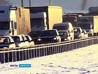 Полицейские рекомендуют воронежцам воздержаться от поездок в Ростов