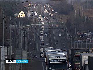 После остановки под Воронежем четвёртая гуманитарная колонна отправилась на границу
