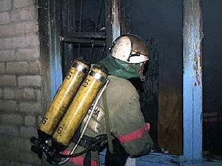 Пожар в двухэтажном доме ликвидировали за 40 минут