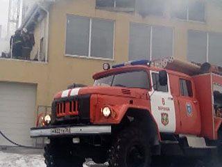 Пожарным понадобилось больше получаса, чтобы ликвидировать пожар на улице МОПРа