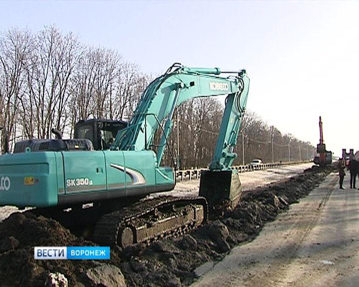 Въезд в Воронеж со стороны Москвы обещает погрязнуть в пробках из-за начавшихся дорожных работ