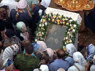 Православная церковь вспоминает об обретении мощей святого Митрофана